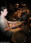 Za oponou se ozývaly bicí