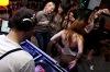 Náměstím létaly rakety, v klubu MP7 se vášnivě tančilo