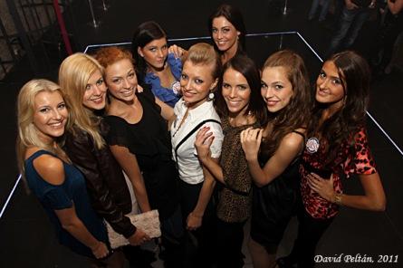 Finalistky Miss 2011 dováděly v Kotnově, Mc Jacob ze Skyline navštívil Kalich