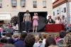 Divadlo na kostkách přilákalo nespočet dětí. Rodiče pobavila Superstar i Stromy