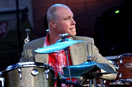 Jacky Terrason zahrál na náměstí v Táboře Hancocka, Jacksona i filmové fragmenty
