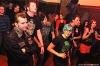 Koffin Kats - řádné psychobilly ve Velbloudu