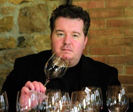 Michal Šetka pil vína z předminulého století. Vás vezme do burgundských sklípků