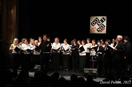 Domino slavilo dvacetiny se Spadaným listím i za Sluncem. Leo party oživili Music Stars