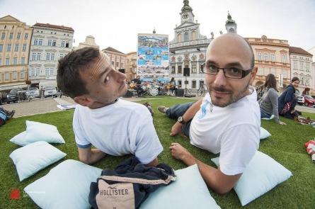 Piknik na budějovickém náměstí? Proč ne! A pěkně s architekturou