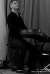 Otto Hejnic trio. Krajňák lámal piano a něžně jazzově zazpívala Pavla Kohelová