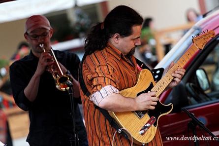 Trim 4. Jazz fusion znělo náměstím