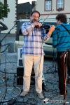 Hi-Fi opět na táborském náměstí bavila lidi texty i hudebními úlety