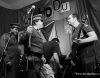 Punkoví Qýchodu slavili 25 let. Na pódiu je zatkla Veřejná bezpečnost