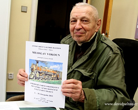 Rekord. Výtvarník Miloslav Vokoun prodal výstavu mašinek za 14 dní!