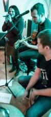 Back to Vinárna! Post-adolescentní Vinárenští gentlemani zahráli od srdíčka