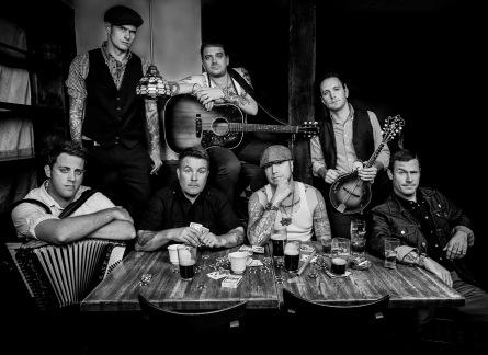 Festival Mighty Sounds přiveze Dropkick Murphys, kteří hráli se Springsteenem