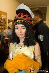 Ze slov vznikla tradice. Na maškarní přišla Kleopatra i Vlastimil Harapes