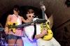 Life is porno! Kazma hrál na kytaru
