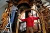 Opravy oltáře nejstaršího kostela v Táboře jdou do finále