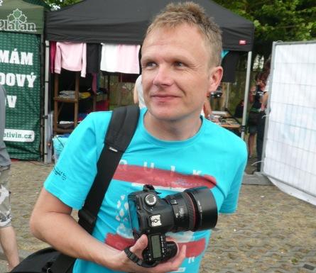 Fotograf Petr Tibi v decibelech: Koncert bez foťáku si neumím představit. To bych nedal!