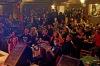 V Divadle Pod čarou se konala premiéra filmu o zesnulém Bakčovi. E!E zahráli unplugged