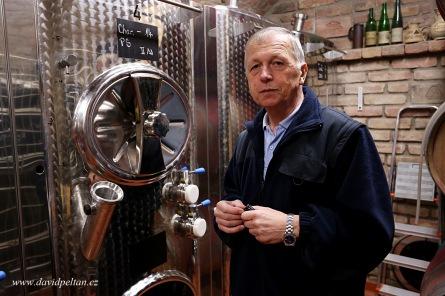 České víno je špičkové. Ochutnejte ho spolu se zahraničními a autentickými už v sobotu