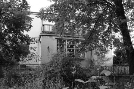 Iniciativa Živá Vila bojuje za záchranu vily v Prachaticích. Zapojí se i kapely