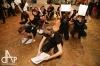 Originální maturitní ples. Masky a letadla se proháněly budovou Střelnice