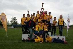 Krajský Štafetový pohár vyhrály Chotoviny. Popřála jim mistryně světa Ludmila Formanová