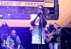 Ostrov Sziget festivalu praskal ve švech, čekalo se na Rihannu