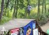 Bikepark postavili nadšenci na skládce, nyní ho prověřily závody. Létalo se o sto šest