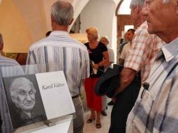 V Divadle Oskara Nedbala vzpomenou na umělce Karla Valtera jedinečnou výstavou