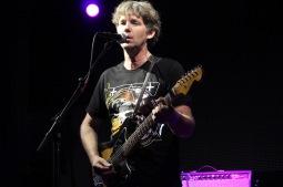 Chris Brokaw z indierockových Codeine vystoupí sólově v Budějovicích