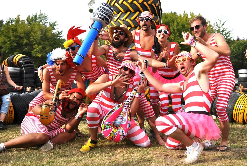 Sziget festival roztančili Crystal Fighters, Macklemore si pohrál s pannou