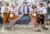 Sziget festival slavil 25 let. Nechyběl obří dort