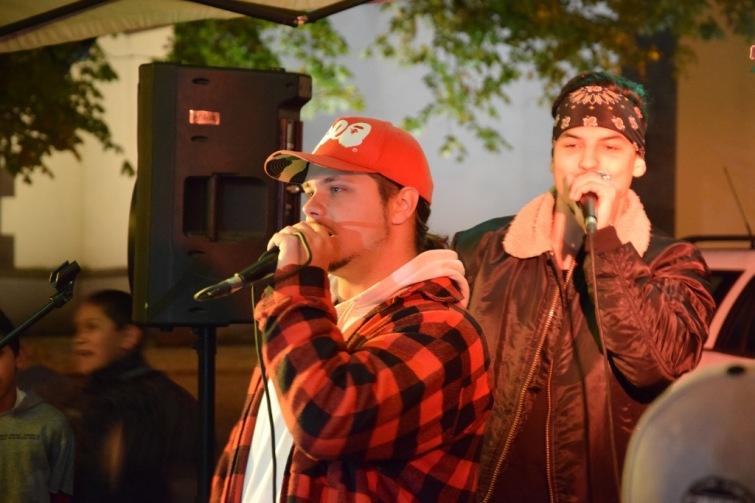Cheiron dal šanci svým hudebním talentům
