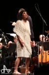 Iva Bittová s Jihočeskou filharmonií excelovala. Táborské publikum jí vestoje zazpívalo