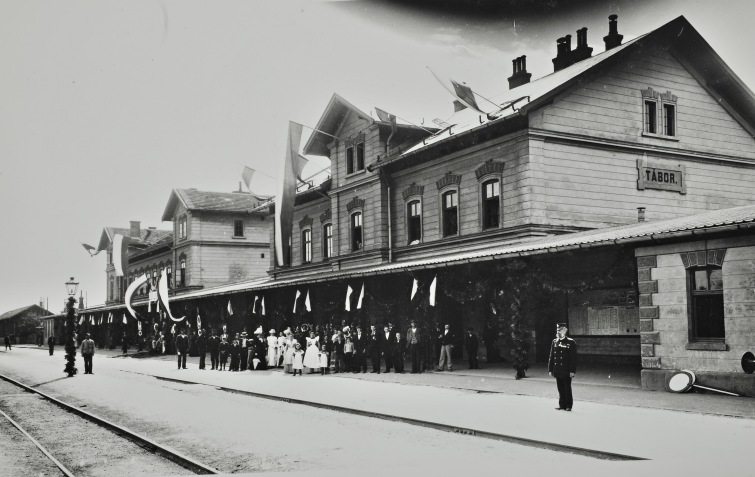 Velké návraty aneb jak žili lidé v Táboře před sto lety. Výstava se přesune i do ulic