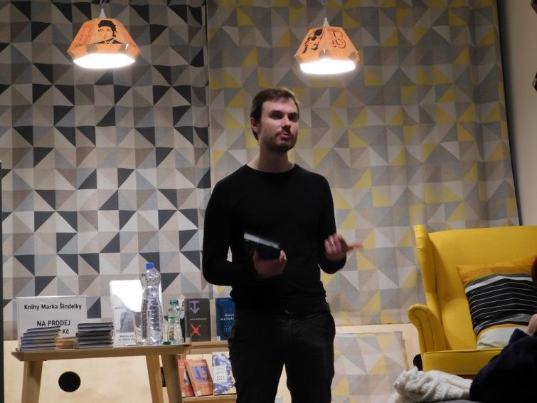 Spisovatelé do knihoven opět zavítali do Tábora. Hostem byl Marek Šindelka