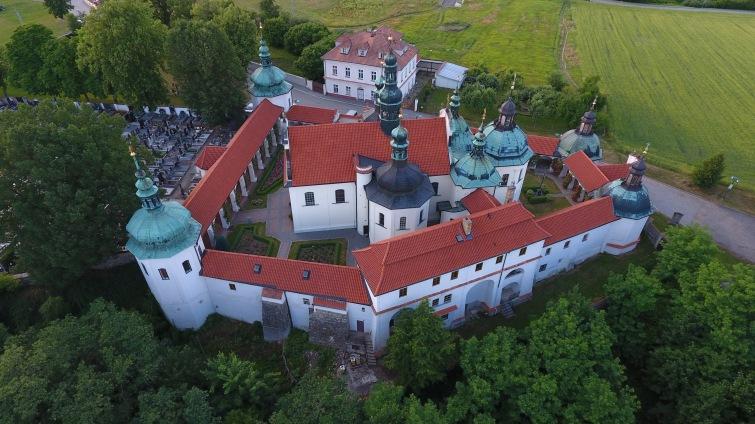 Jubilejní Noc kostelů zve na jihu Čech na koncerty, besedy, vyhlídky i architekturu