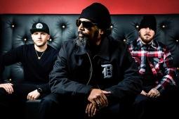 Latino a hip hop se utkají na koncertě legendárních Delinquent Habits