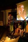 Trojice umělců na Tříkrálovém večeru zaplnila Trojici. Zněla poezie, klasika i rock
