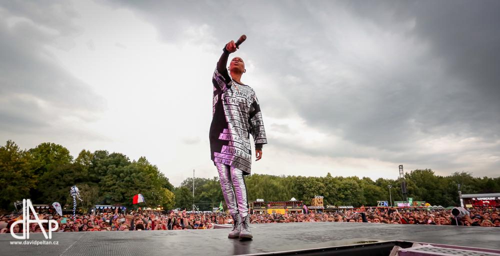 Pětadvacet let oslaví Skunk Anansie také koncertem v Praze