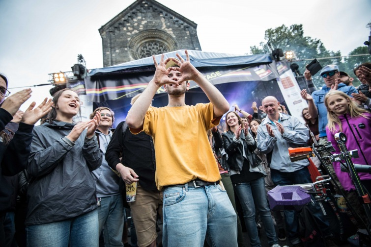 Festival United Islands se zaměří na britskou scénu. Připojí se i k oslavám svobody