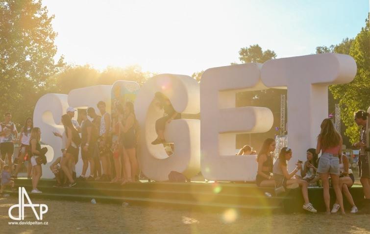 Festival Sziget. To je dva a půl tisíce koncertů, divadel a akcí v sedmi dnech