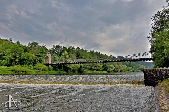 Nej památkou oblasti Toulava je řetězový most přes Lužnici u Stádlece