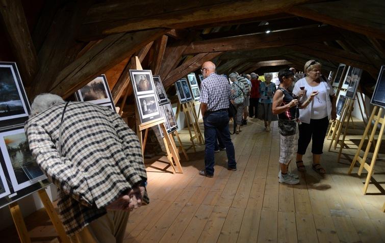 Přitáhly návštěvníky do Kaplanky fotografie, hudba, nebo mrzký dlabanec?