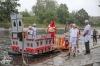 Kuriózní plavidla vyjela na Vltavu počtyřicáté sedmé. Zadařilo se mušketýrům