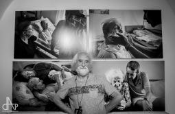 Fotograf Jindřich Štreit vystavuje v Táboře snímky s koncem života. Lidé fotky hladili