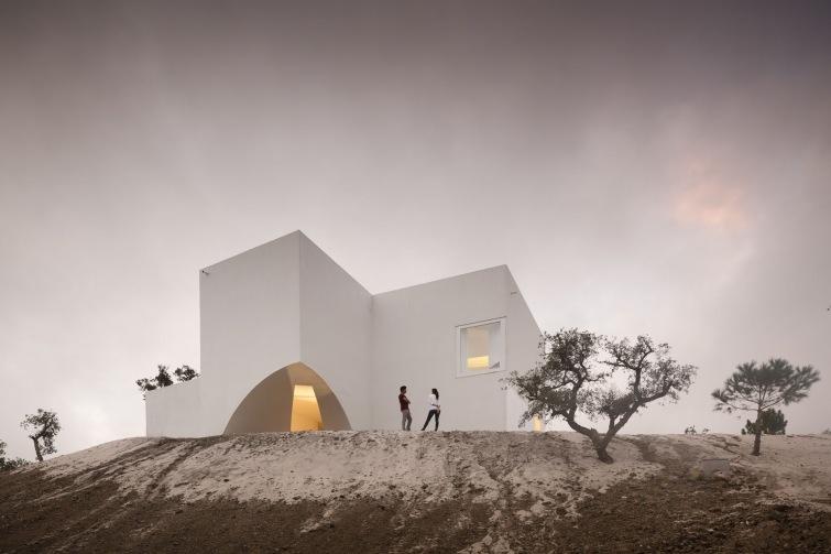 Dům umění představuje architektonické práce studia Aries Mateus