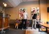 Z tatéra výtvarníkem. Peter Bobek vystavuje obrazy ve studiu Hatumoa