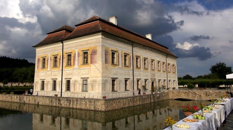Vrcholem oslav jubilea domova sv. Linharta bylo vystoupení Jany Šrejma Kačírkové